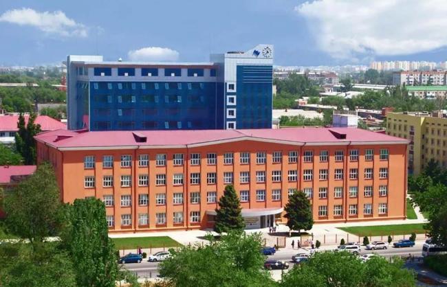 Astrahanskij-gosudarstvennyj-universitet.jpg